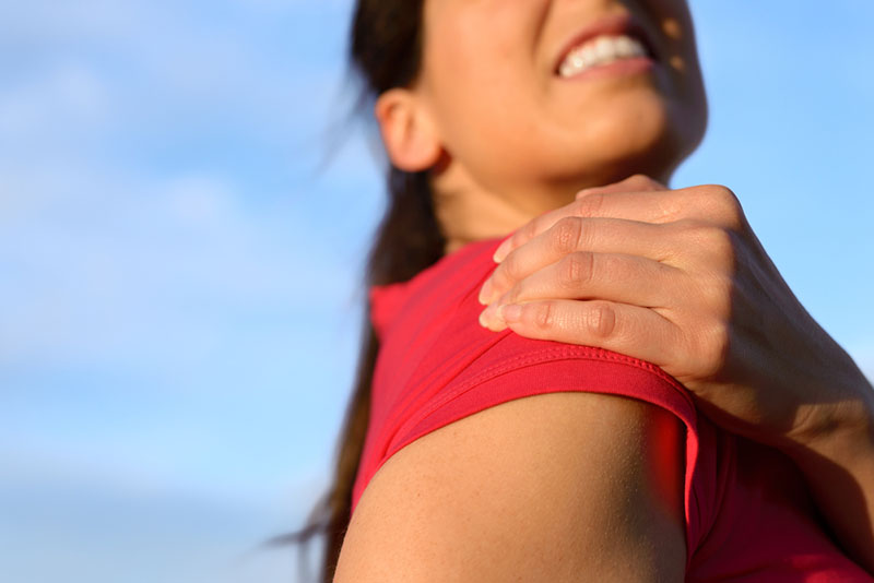 Shoulder-Bursitis-Symptoms